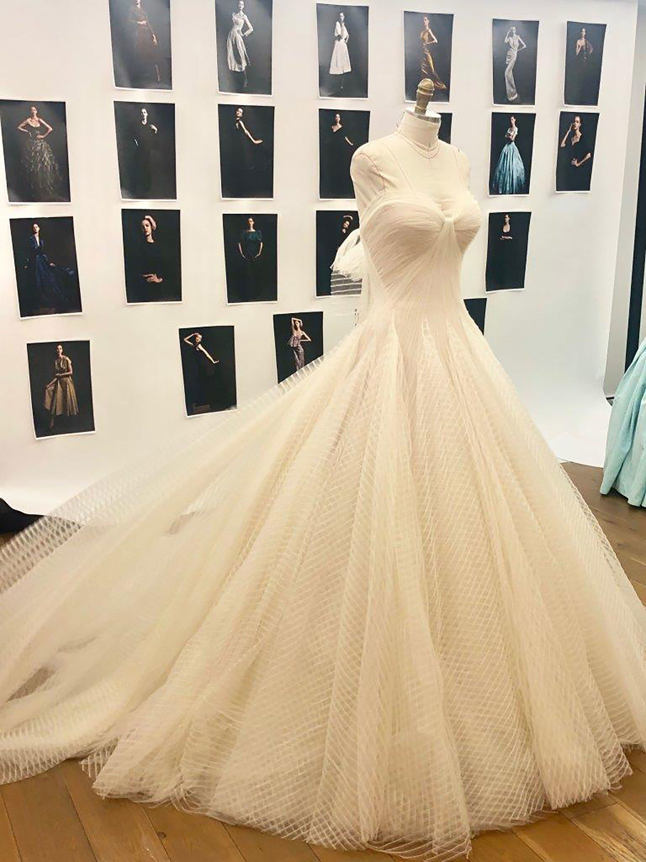 An Exclusive Look Inside Katharine Mcphee And David Foster S Wedding In London Zac Posen Wedding Dress Zac Posen Wedding Gowns Wedding Dresses [ 3000 x 2250 Pixel ]