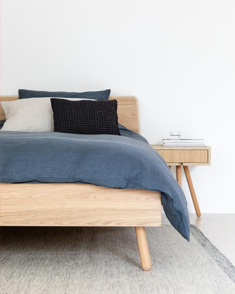 Opzoek Naar Een Houten Bed Maak Kennis Met Onze Collectie Houten Design Bedden Wat Onze Design Bedden Typeert Is De Sc Houten Bed Bed Ontwerpen Houten Bedden