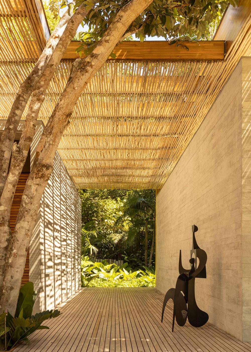 Best Serge Cajfinger Swaps Paris For A Bahia Beach House By 400 x 300