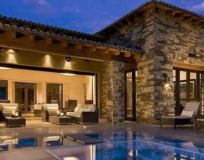 Resultado de imagen de casa r stica de dos plantas con for Modelos de techos con tejas