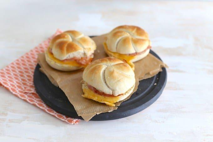 Kaiserbroodjes met ham en kaas - Lekker en Simpel #nachosmetkaasuitdeoven