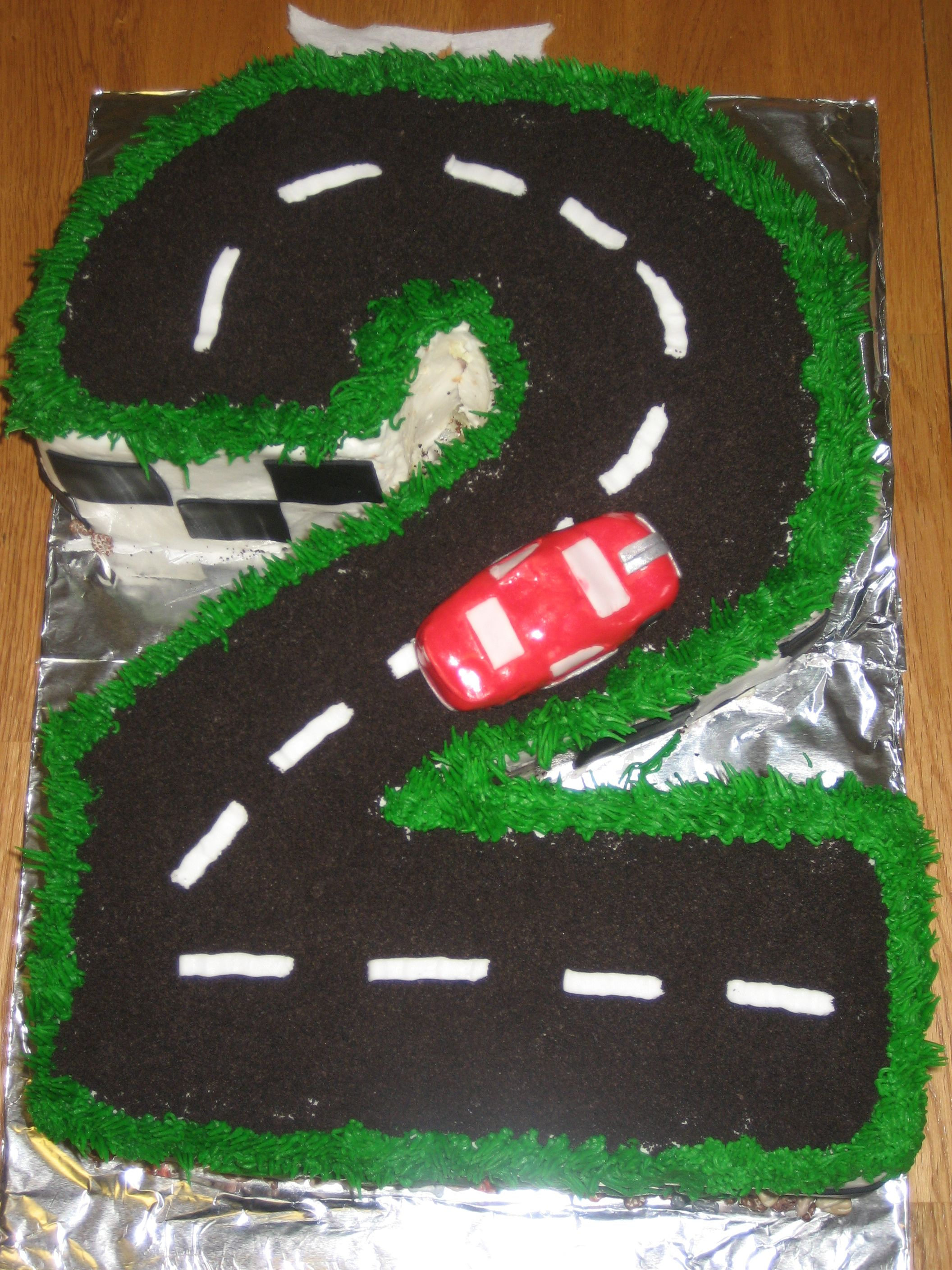 2 Year Old S Car Cake 2 Year Old Birthday Cake Cars Birthday