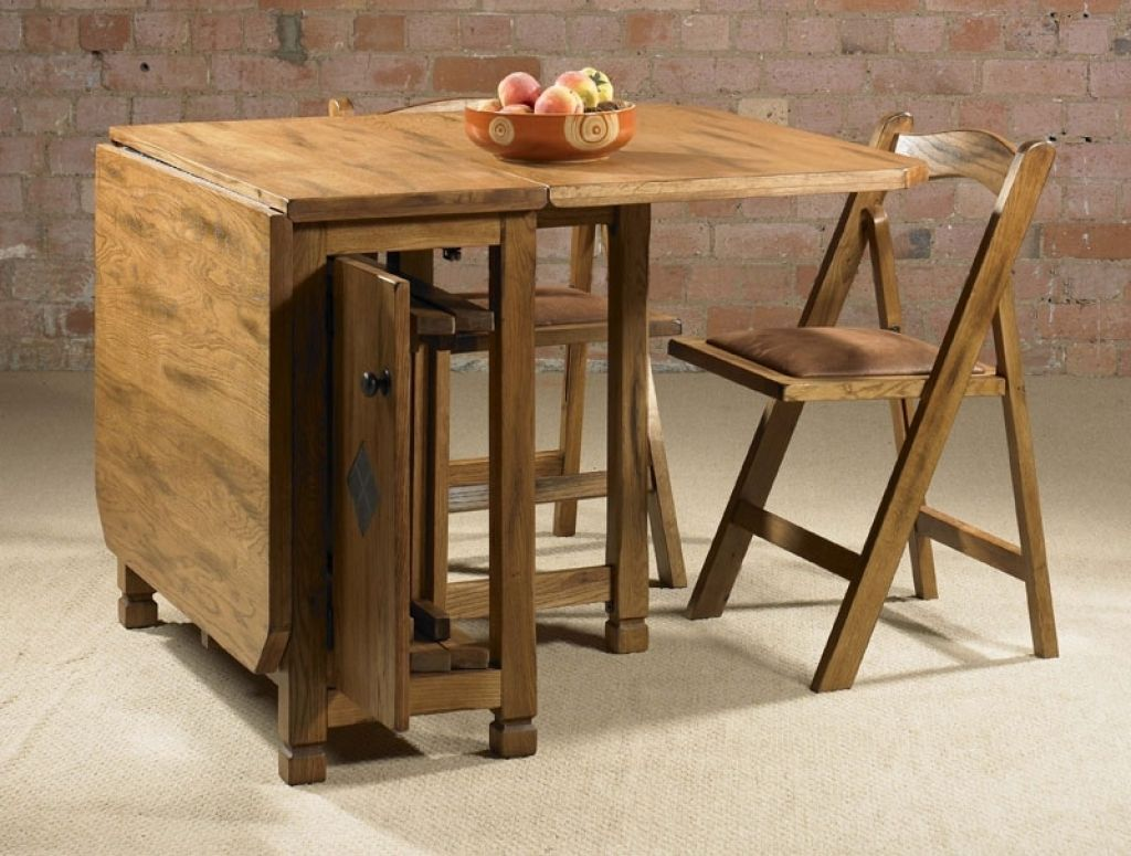 Fold Away Dining Table With Chairs   http://brutabolin.com ...