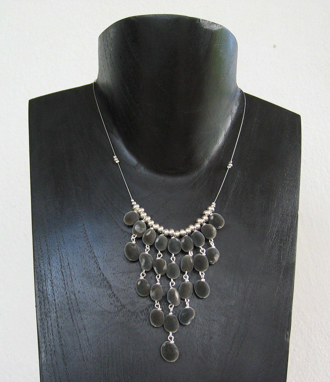 collier perle de zanzibar