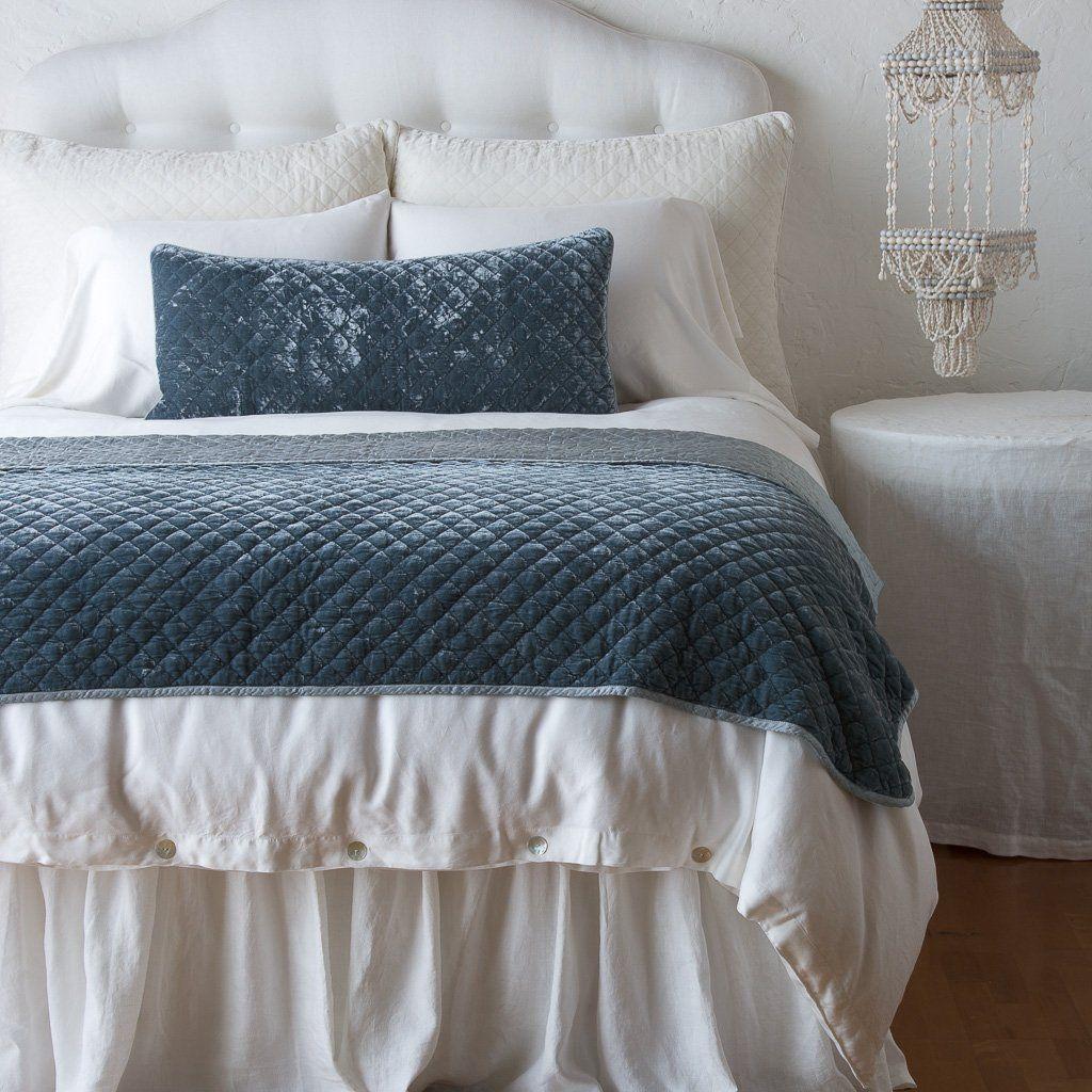 Bella Notte Linens Silk Velvet Quilted Throw Blanket