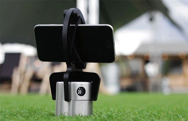 Hobie is a 360-Degree Time-Lapse Tool Built From an Ordinary Kitchen Timer
