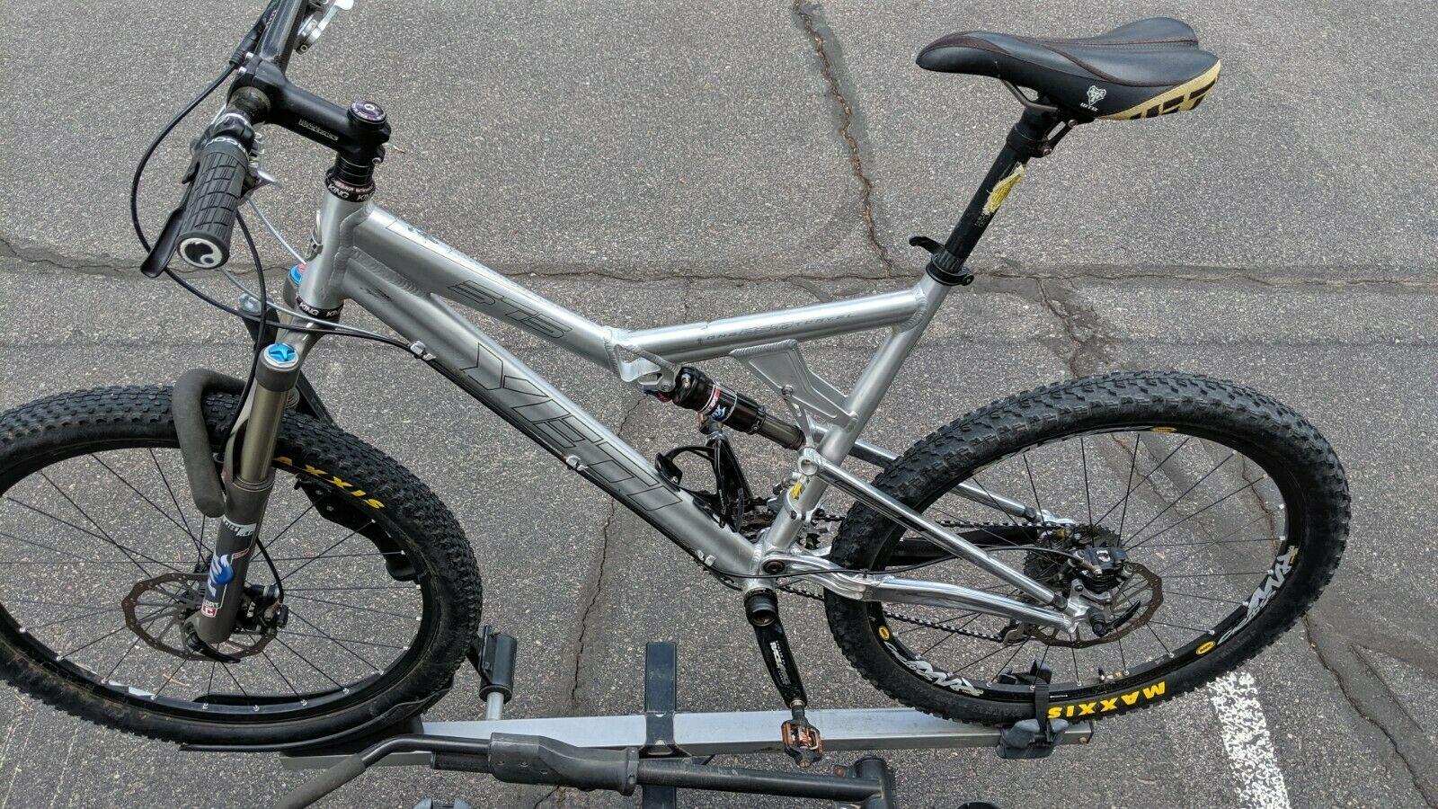Yeti 575 Full Suspension Mountain Bike Large Mountain Bike