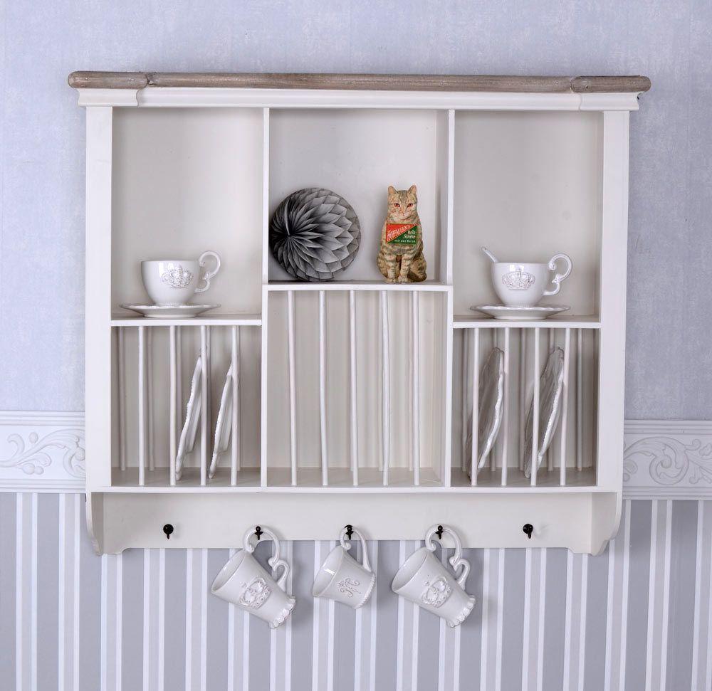Weißes Küchenregal im Shabby Chic aus … – Bild kaufen