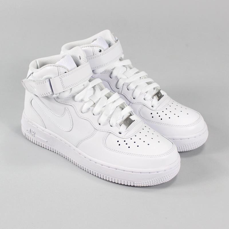 fe00a504ea745 Tênis Nike Feminino Air Force 1 Mid Branco