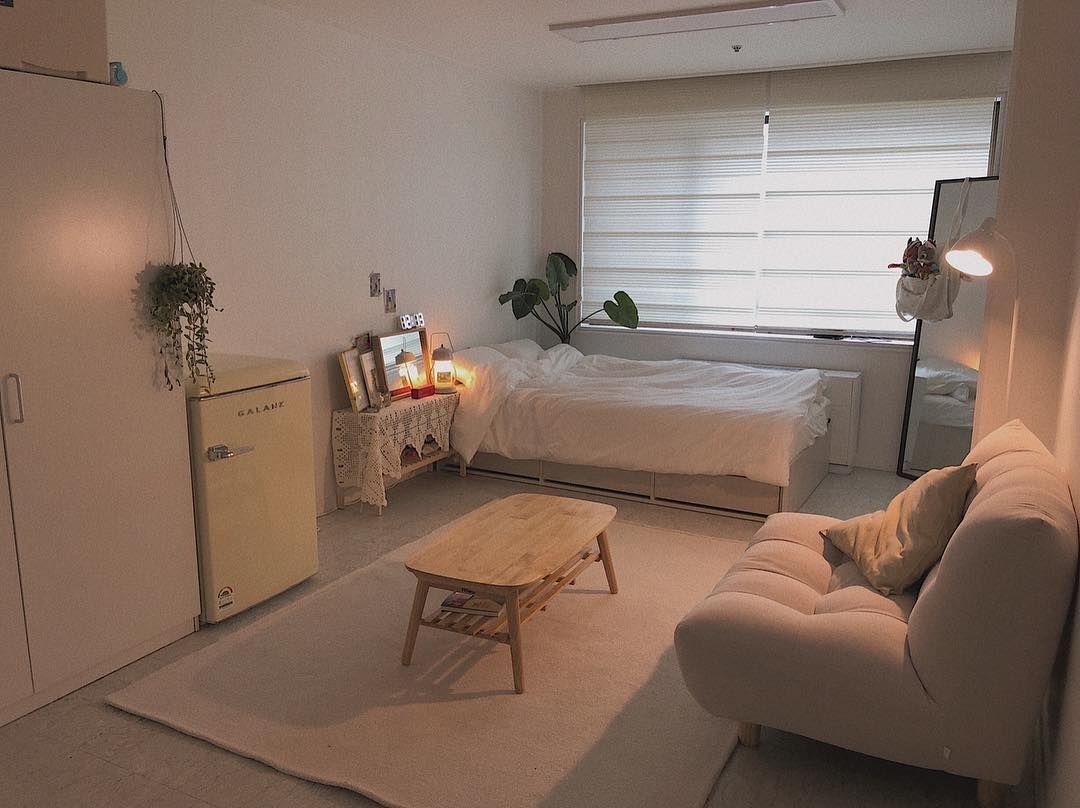 인테리어 가이드 오늘의집 정보부터 쇼핑 시공까지 On Instagram 오늘의집 덕분에 예쁜 집이 된 우리집 사진을 누르면 제품태그가 떠요 더 자세한 집 소개는 오늘 Small Room Bedroom Small Bedroom Decor