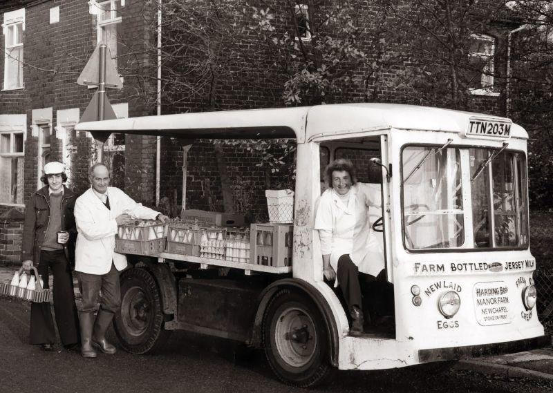 1930s Milkman England Google Search Childhood Memories 70s My