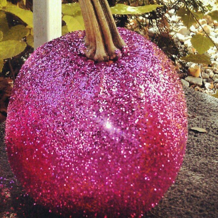 Cute pumpkin! i want a glitter pumpkin!