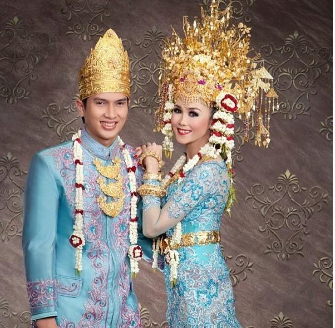 Indonesian Wedding Minang Culture Pindonesia Gaya Pengantin Foto Perkawinan Pengantin Wanita