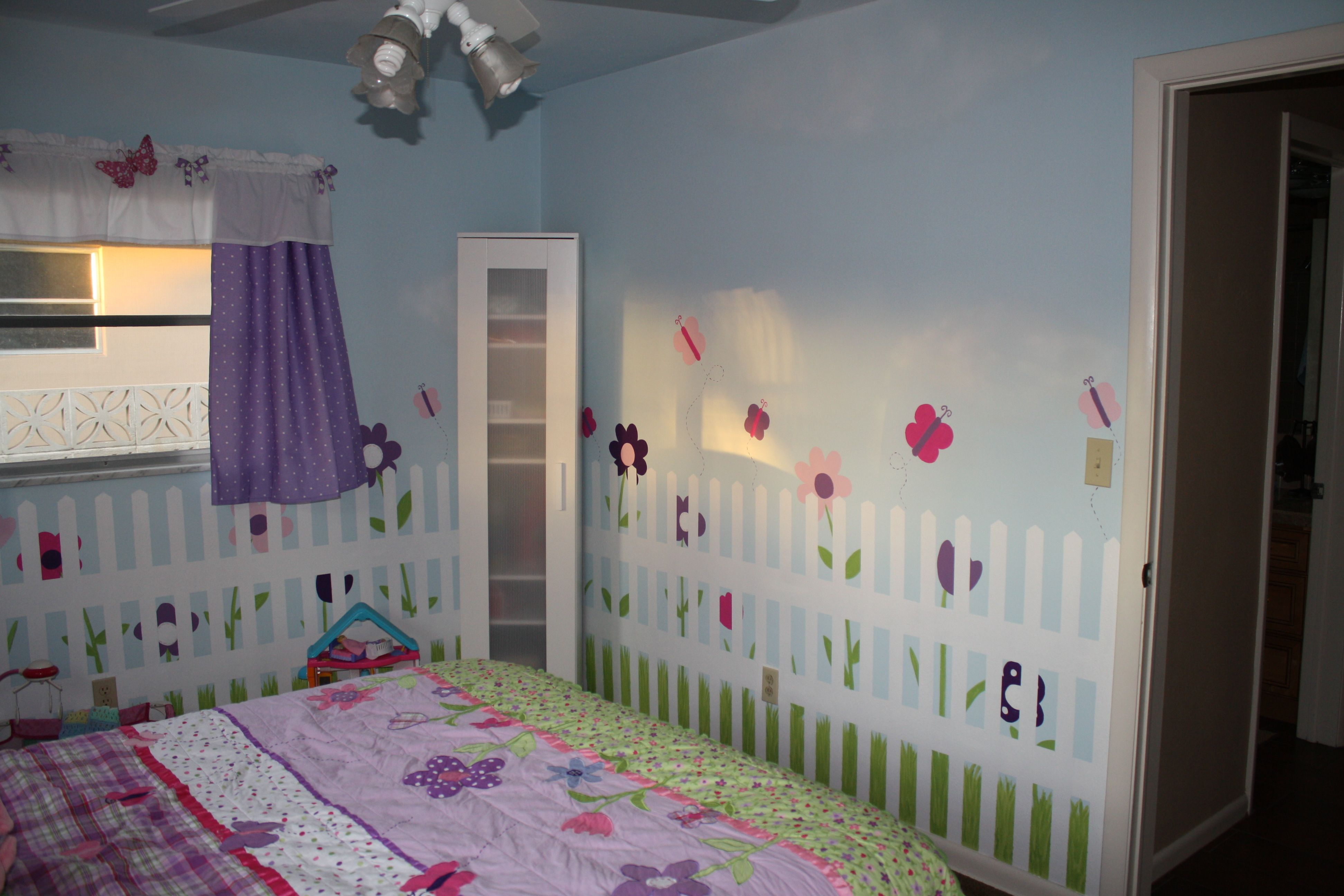 Butterfly Bedroom Decorating Ideas: Butterfly Garden Room Ideas Photograph