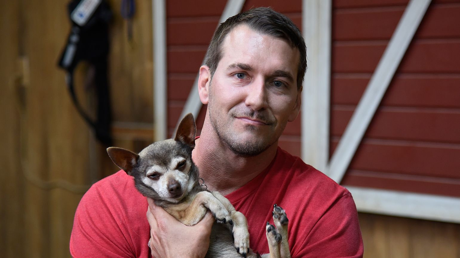 Brandon Mcmillan Trains Service Dogs For Disabled Veterans Dogs