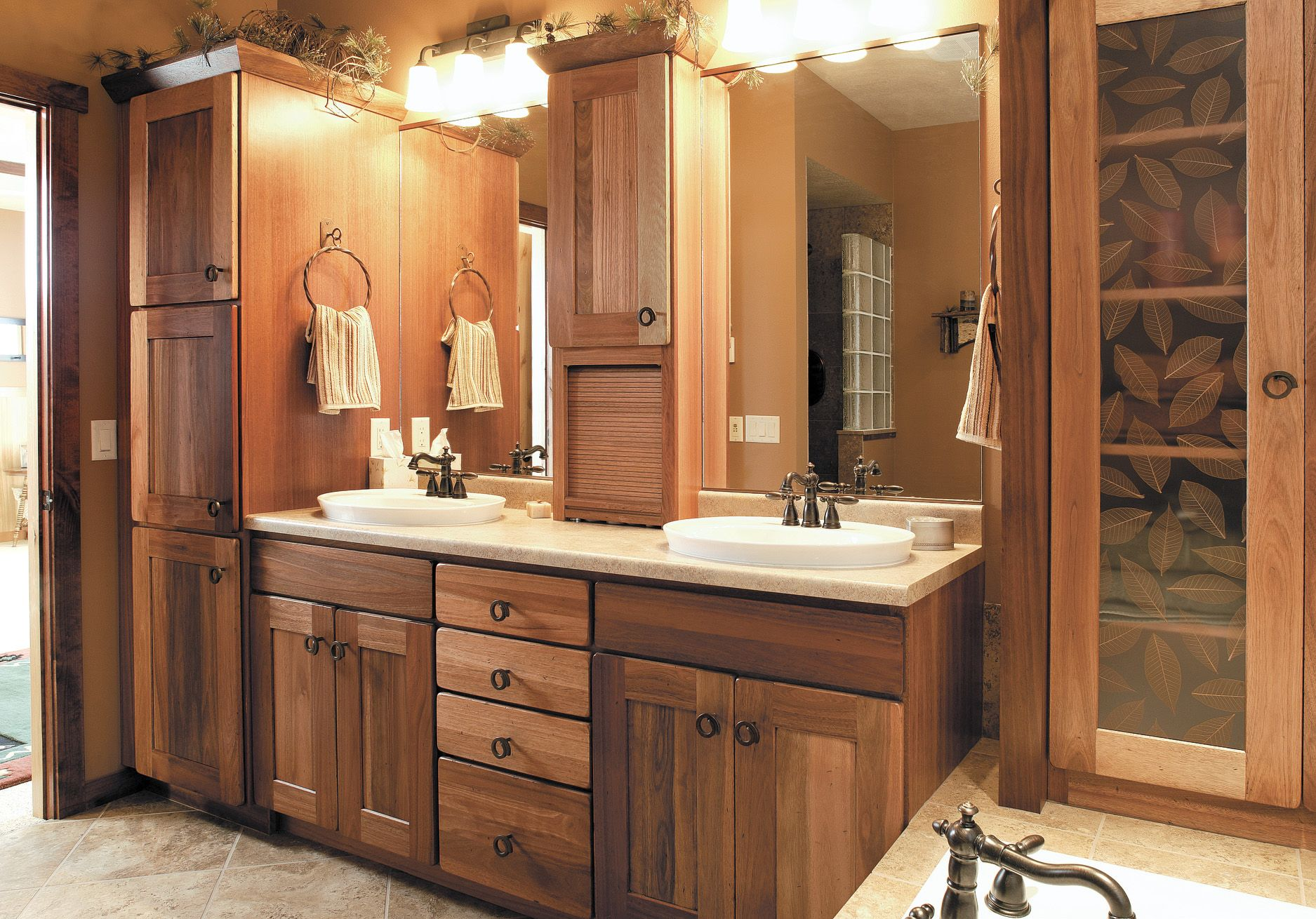 Bathroom Remodeling | Dreamscapes Kitchen and Bath