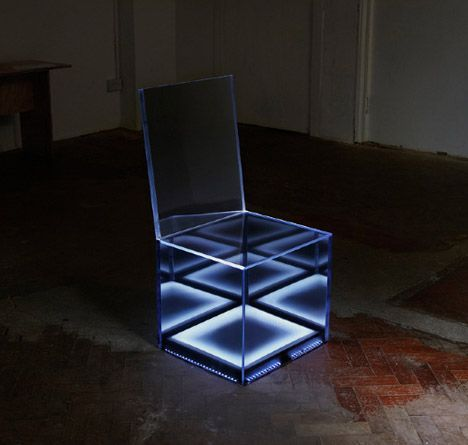 Cloaking Chair: LED Lights Hide Inside Mirrored Camouflage