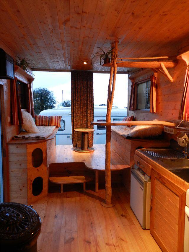 am nagement fourgon interior vans pinterest inspiration. Black Bedroom Furniture Sets. Home Design Ideas