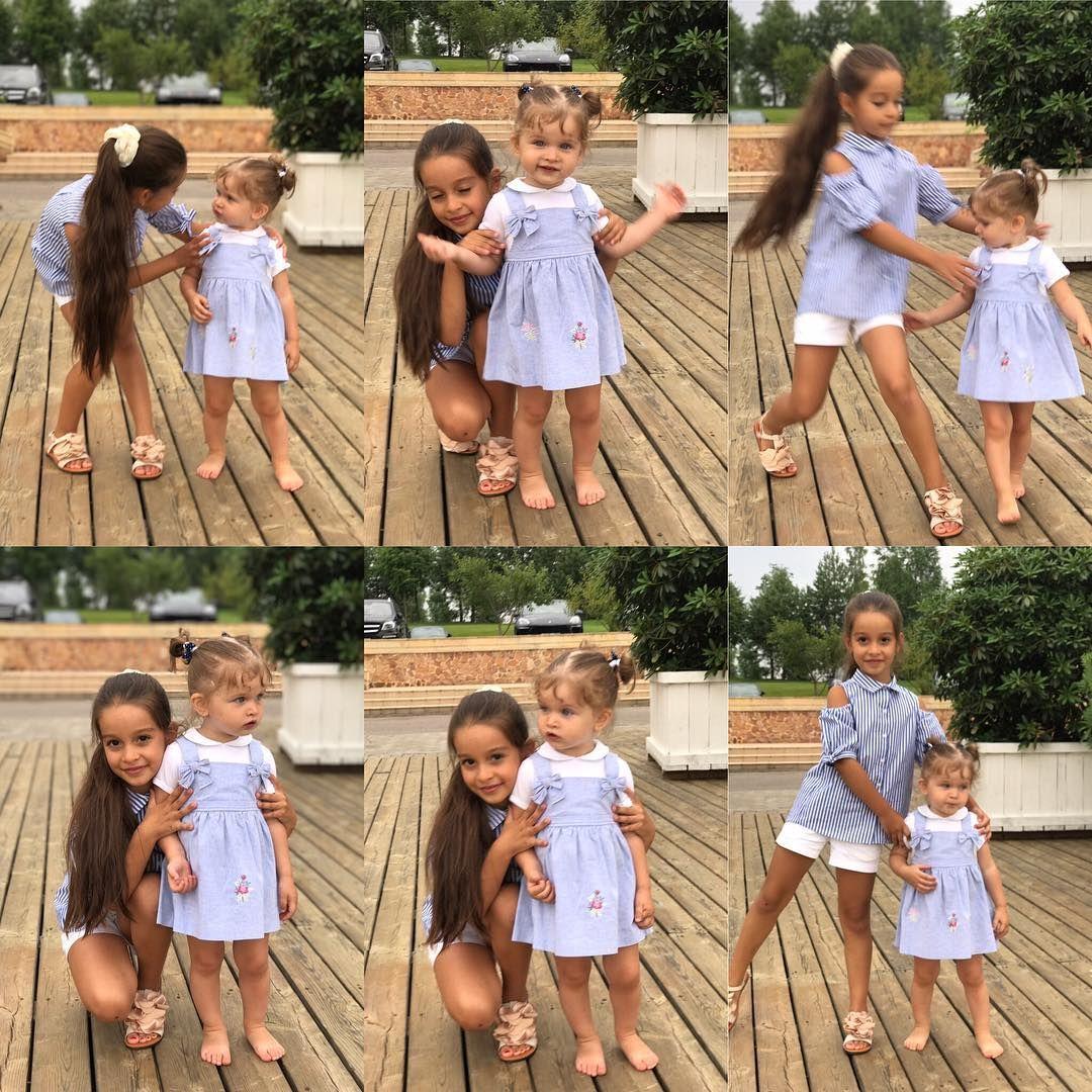 В попытке сделать удачное фото, где сестрёнки вместе ...