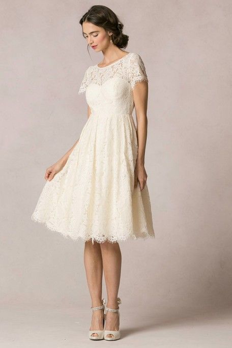 A Line Short Sleeve Scoop Neck Short Lace Wedding Dress With Keyhole