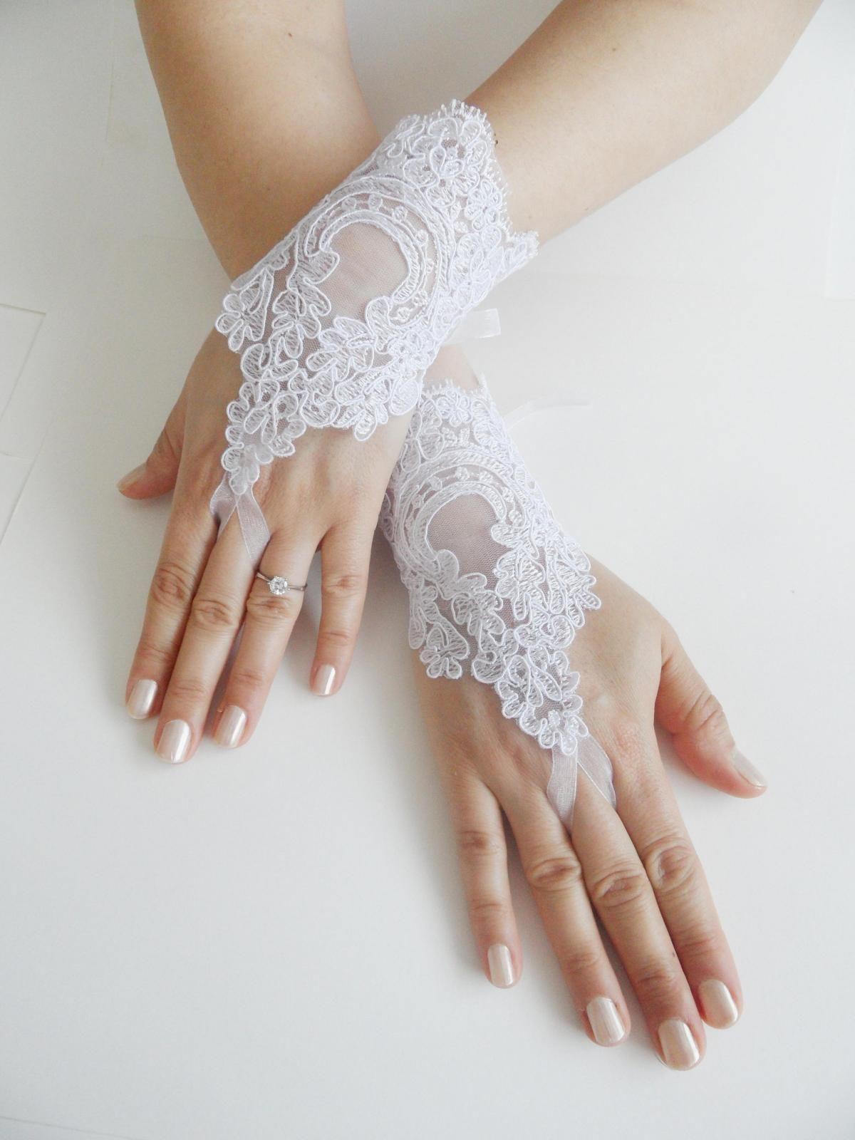edfd81e2d Bridal Glove