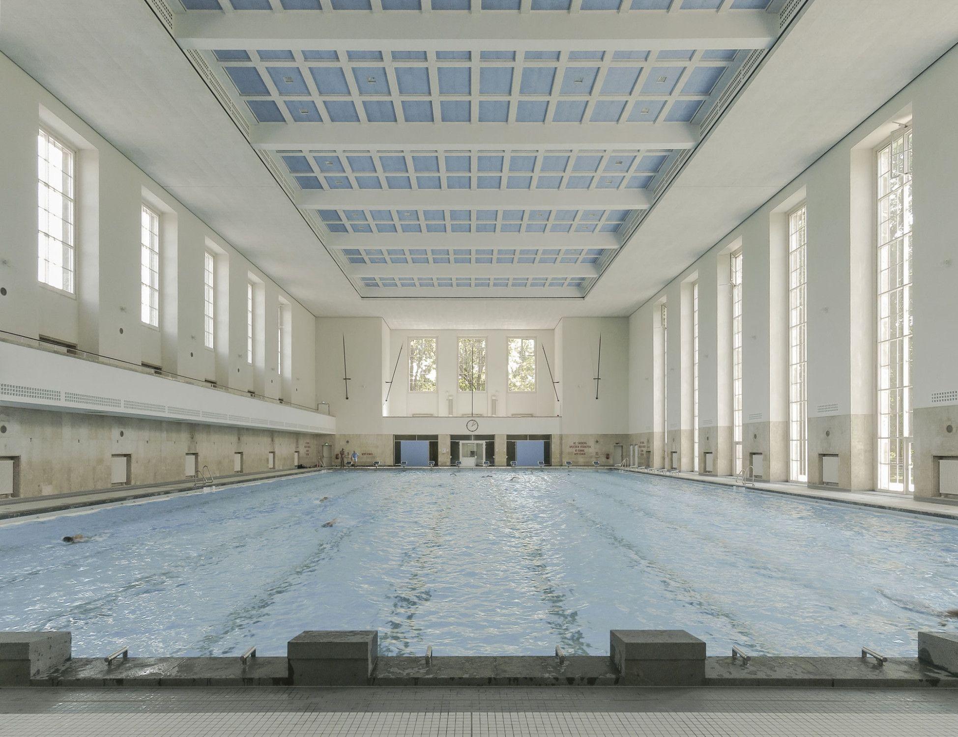 Fliesenausstellung Berlin schwimmhalle finckensteinallee in berlin fliesen und platten