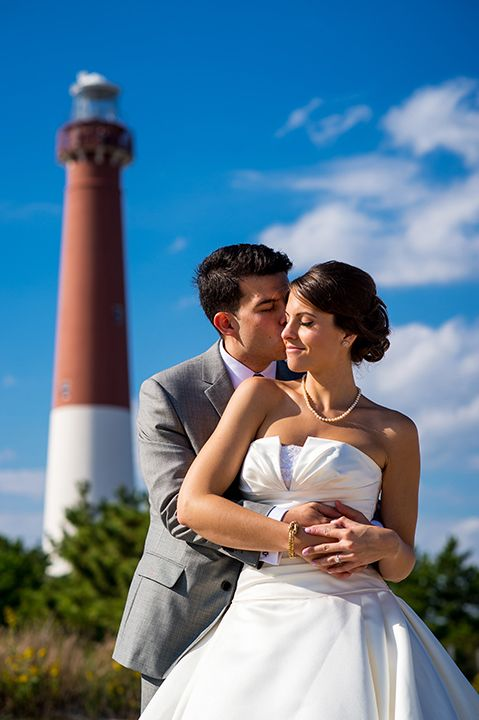 Kate Evan S Beautiful Beach Wedding By The Barnegat Lighthouse Followed A Nautical Themed Reception At Boathouse Restaurant In Long Island