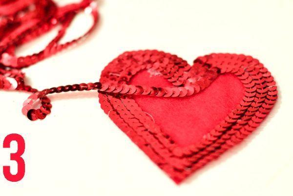 paillette heart