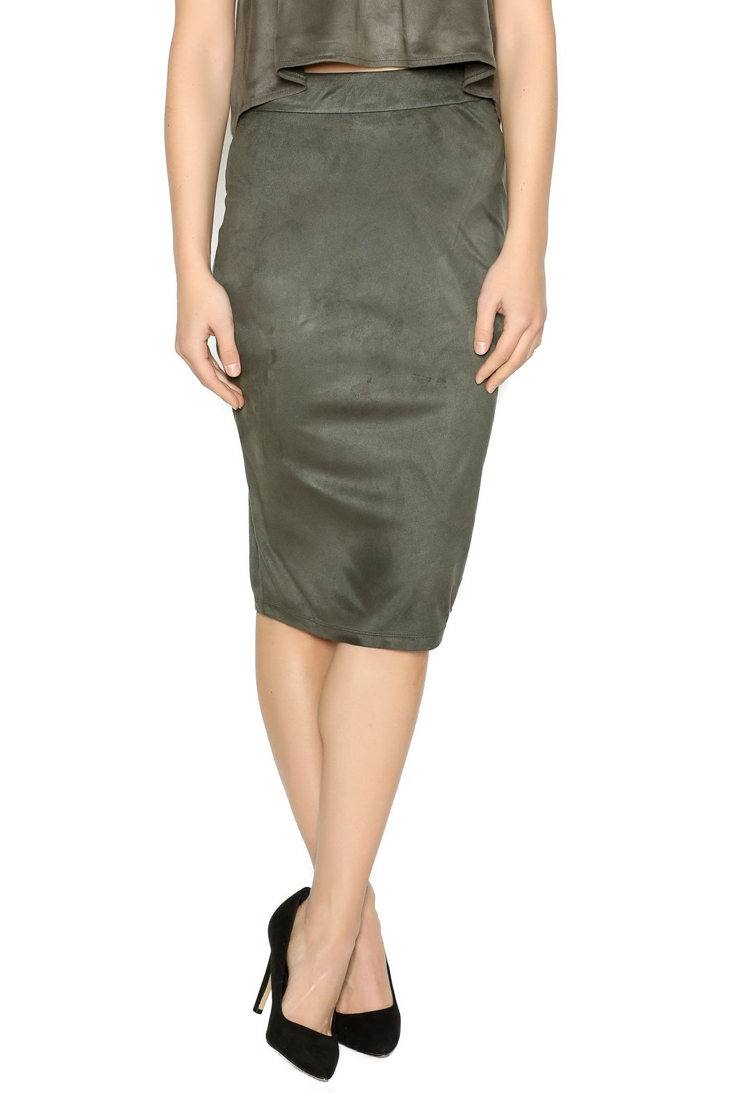 5b519fc86 Faux suede olive green pencil skirt with an elastic waist. Faux Suede Olive  Skirt by iris. Clothing - Skirts - Knee Clothing - Skirts - Suede Clothing  ...