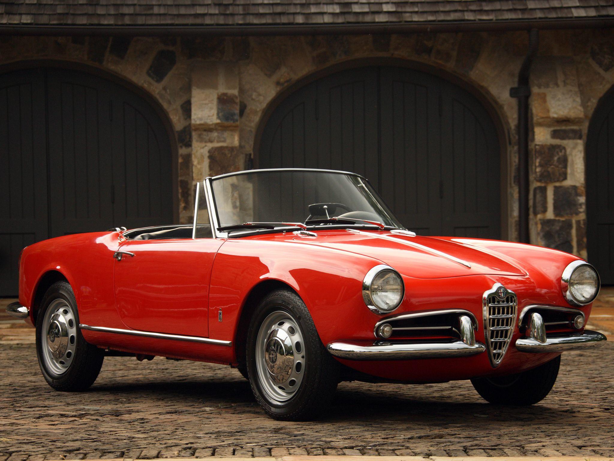 Gorgeous Alfa Romeo in red Classic Alfa Convertible C