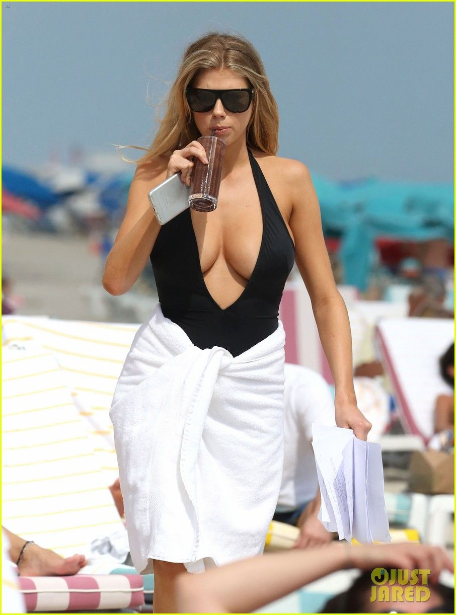 Charlotte mckinney celebrates ocean drive cover with oceanside vacay photo charlotte mckinney is the latest ocean drive cover star so she had to head to