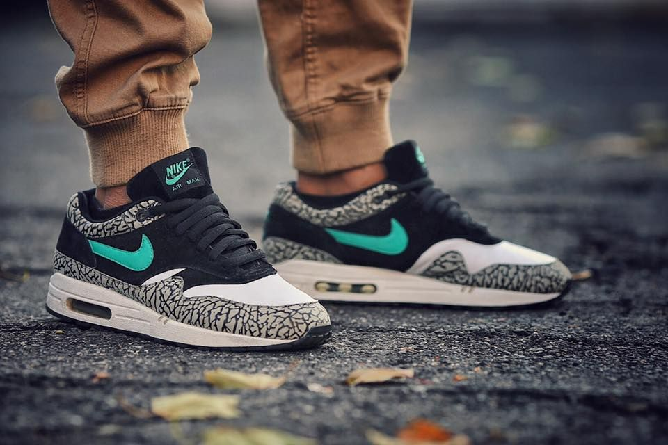 4413a9a161 Nike Air Max 1 'Atmos Elephant' - 2007 (by... – Sweetsoles – Sneakers,  kicks and trainers. On feet.