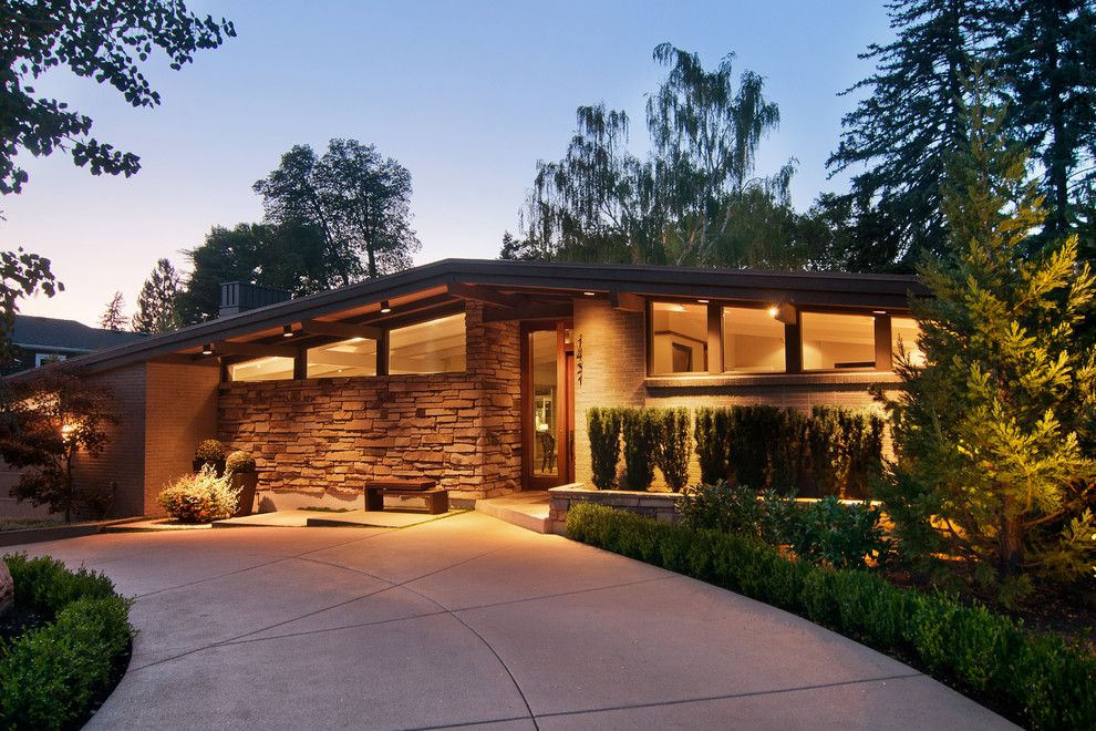 mid century modern lake home