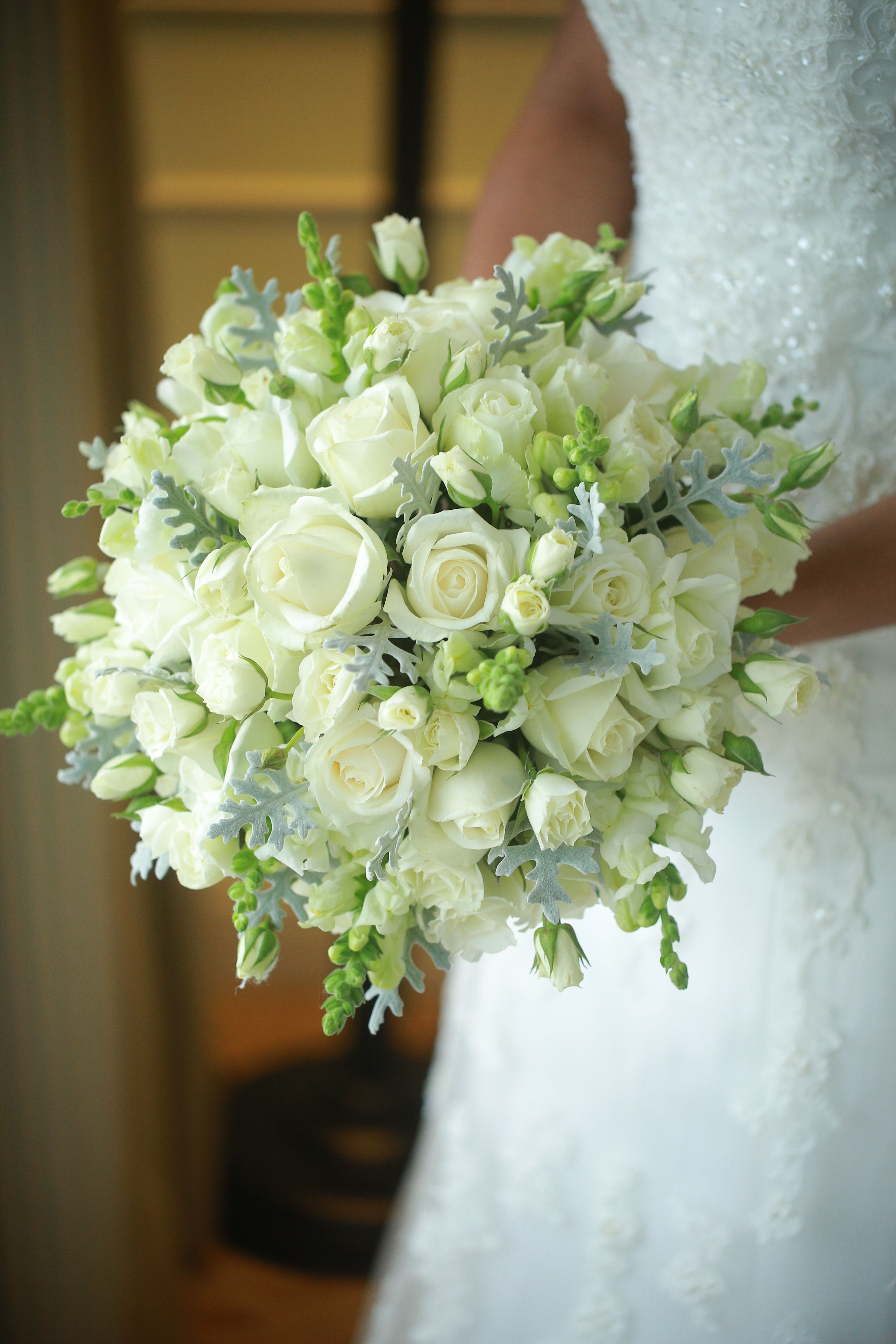 Bridal bouquet #whitebridalbouquets