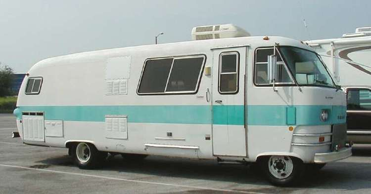 Rollin Home Dodge Travco Motorhome Lune Travels Blog Motorhome Vintage Trailers Vintage Rv