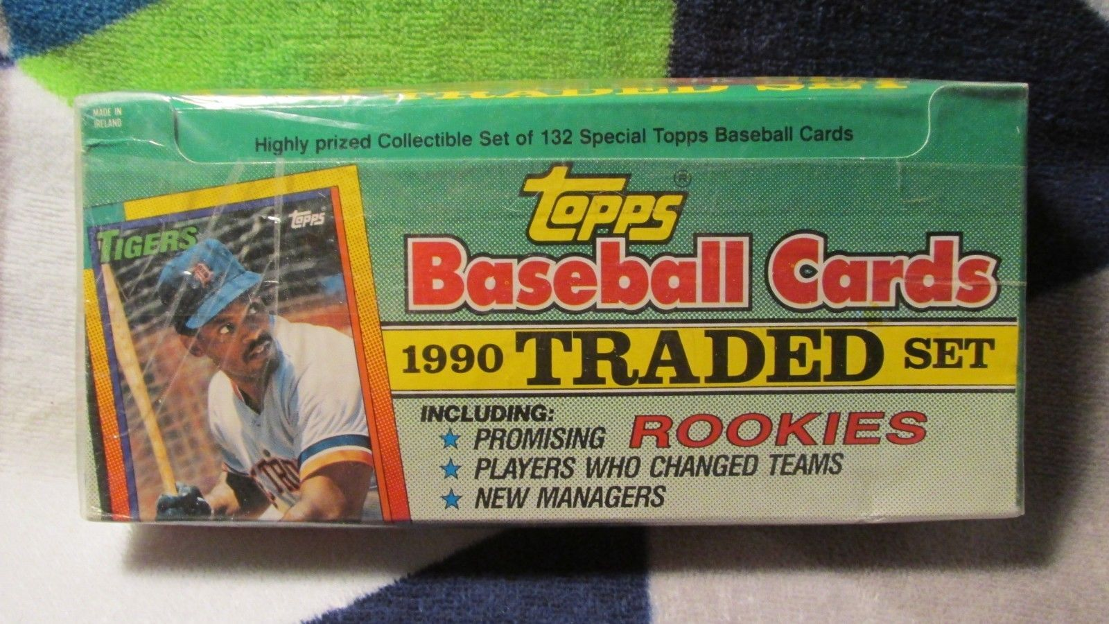 1990 factory sealed box topps baseball traded 132 card
