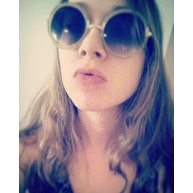josefiend_3/2016/08/21 10:54:02/It's not like I'm falling in love I just want you to do me no good👄💋💋💋 #selfie #selfiesaturday #hipsterglasses #sunglasses #summer #arcticmonkeys #AM #no1partyanthem #alexturner #arcticmonkeyslyrics #arcticmonkeysfan #longhair #hippievibes