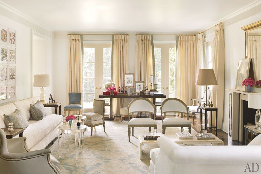 Suzanne Kasler Transforms Her Federal Style Fixer Upper In Atlanta Living Room White Interior Design Atlanta Homes #suzanne #kasler #living #room