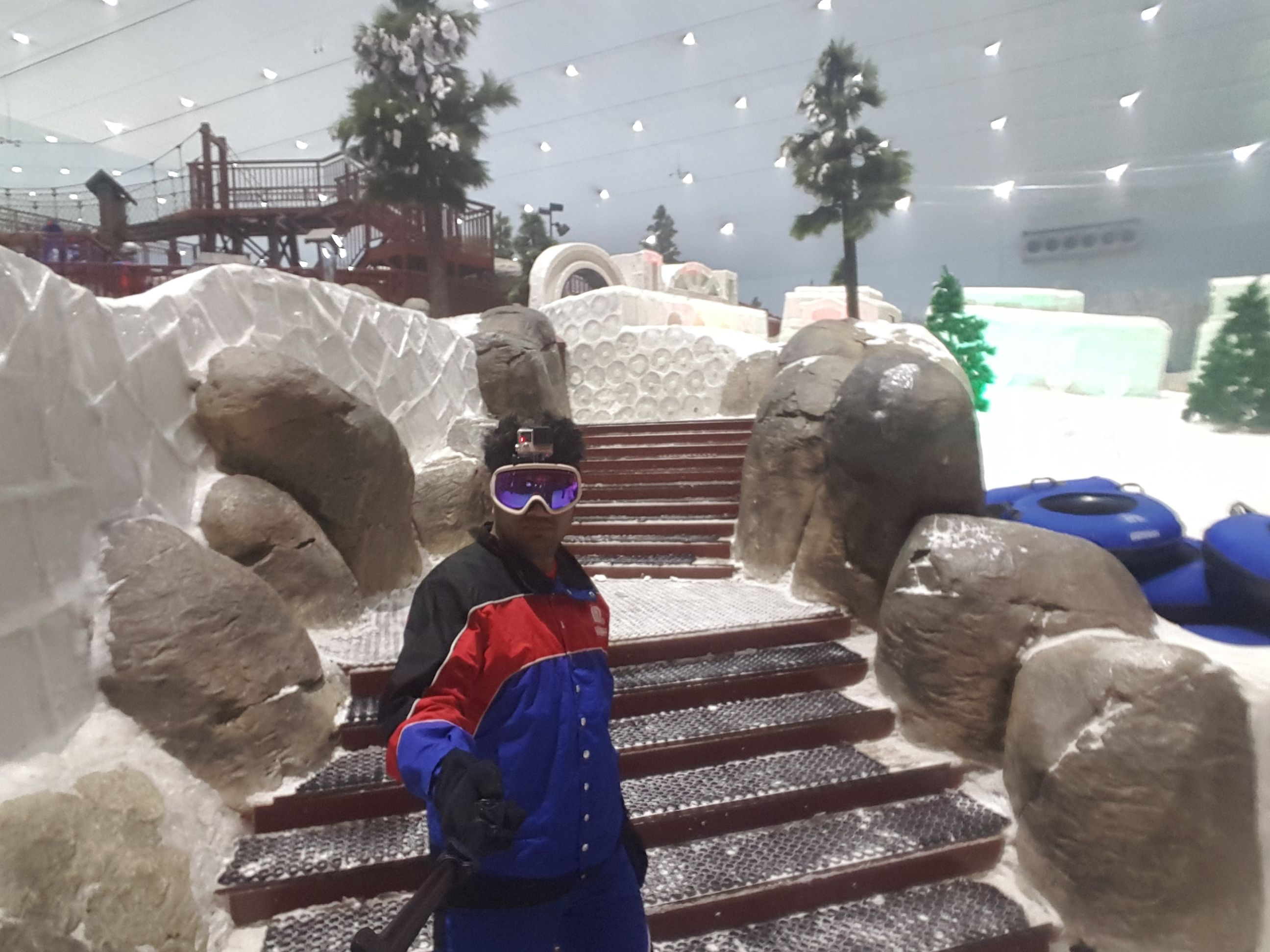 A Day Inside The World S Largest Indoor Ski Resort From 48 C To