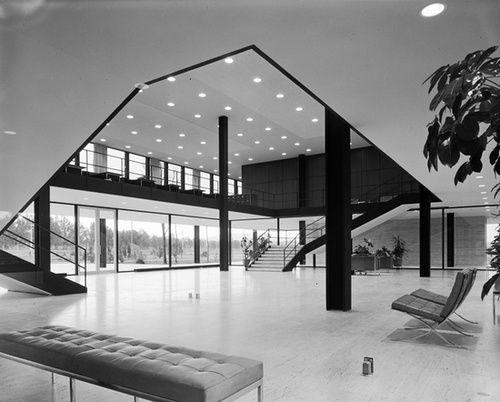 Bacardi Office By Mies Van Der Rohe 1961 Bauhaus Architecture Mies Van Der Rohe Ludwig Mies Van Der Rohe