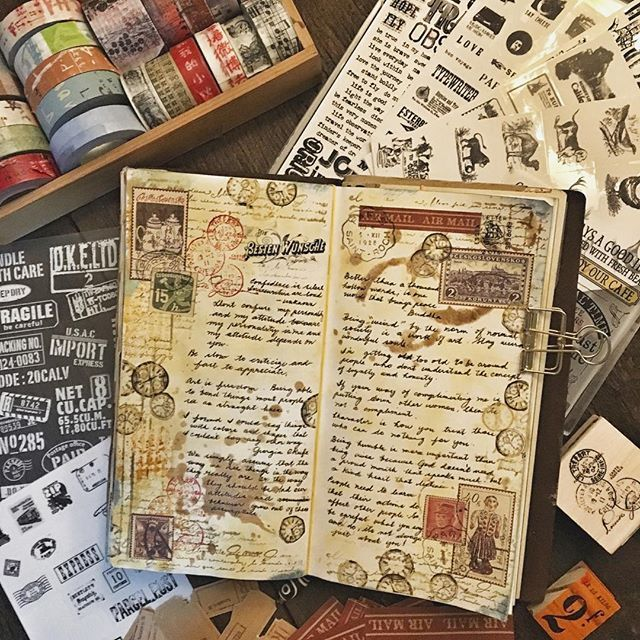 In today's spread ... Quotes that are meaningful to me. Happy weekend!#midoritravelersnotebook #travelersnotebook #travelersnote #notebook #journal #artjournal #mixedmediacollage #collage #journaling #journalpages #stationery #diary
