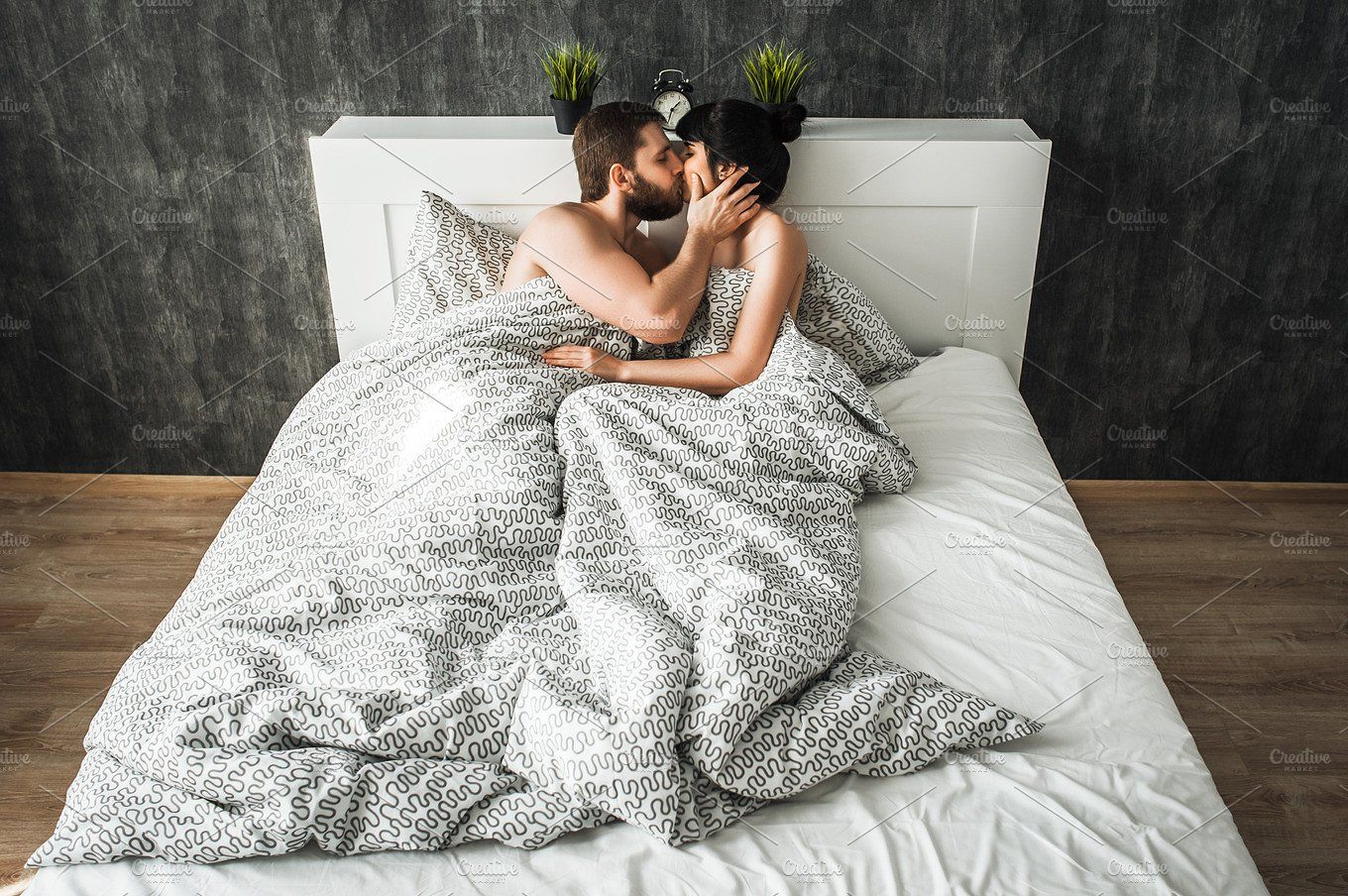 Couple In Love Kissing In Bed Couple Kiss In Bed Cute Couples