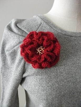 Happy Couple Pure Wool Red Flower Brooch Valentines by crochetlab, $16.00