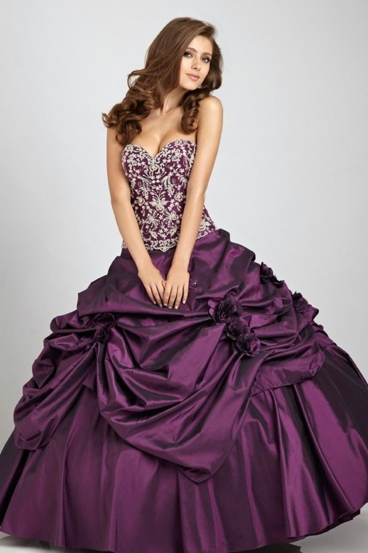 Ball gown sweetheart floor length quinceanera dresses with beading