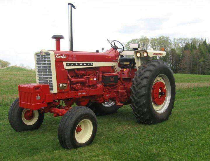 Pin By Patrick Larentz On Farmall 1206 Farmall Antique Tractors International Harvester