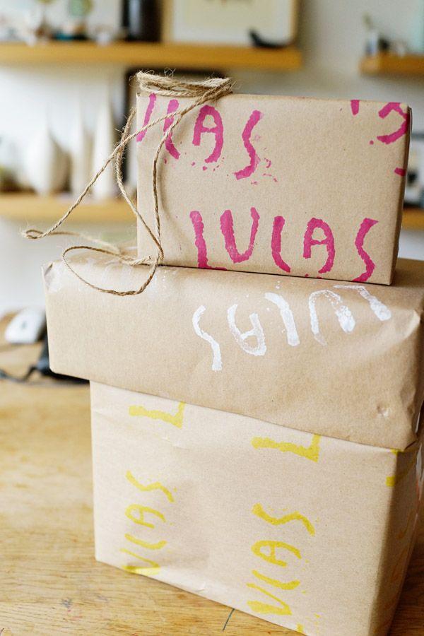 DIY-con-niños-mano-estampado-regalo-Wrap-Bueno-en-Paper47