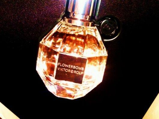 Lotus Flowerbombfavorite Perfume Before The Song