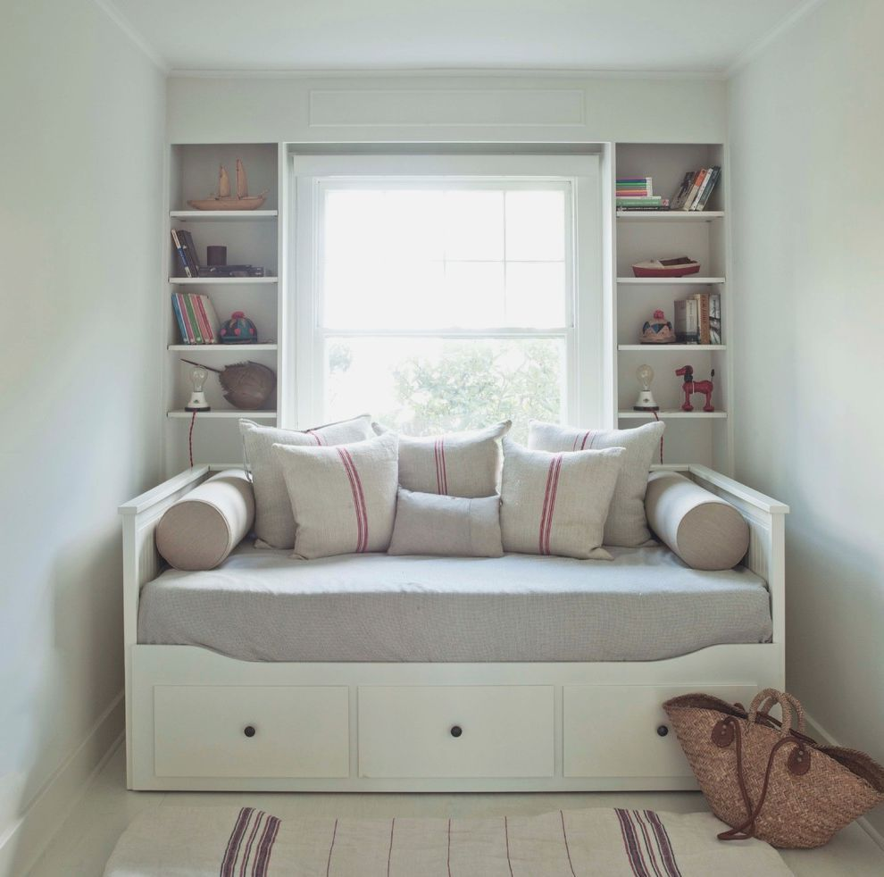 Day Bed Ikea Daybed Decorating Ideas For A Small Room ...