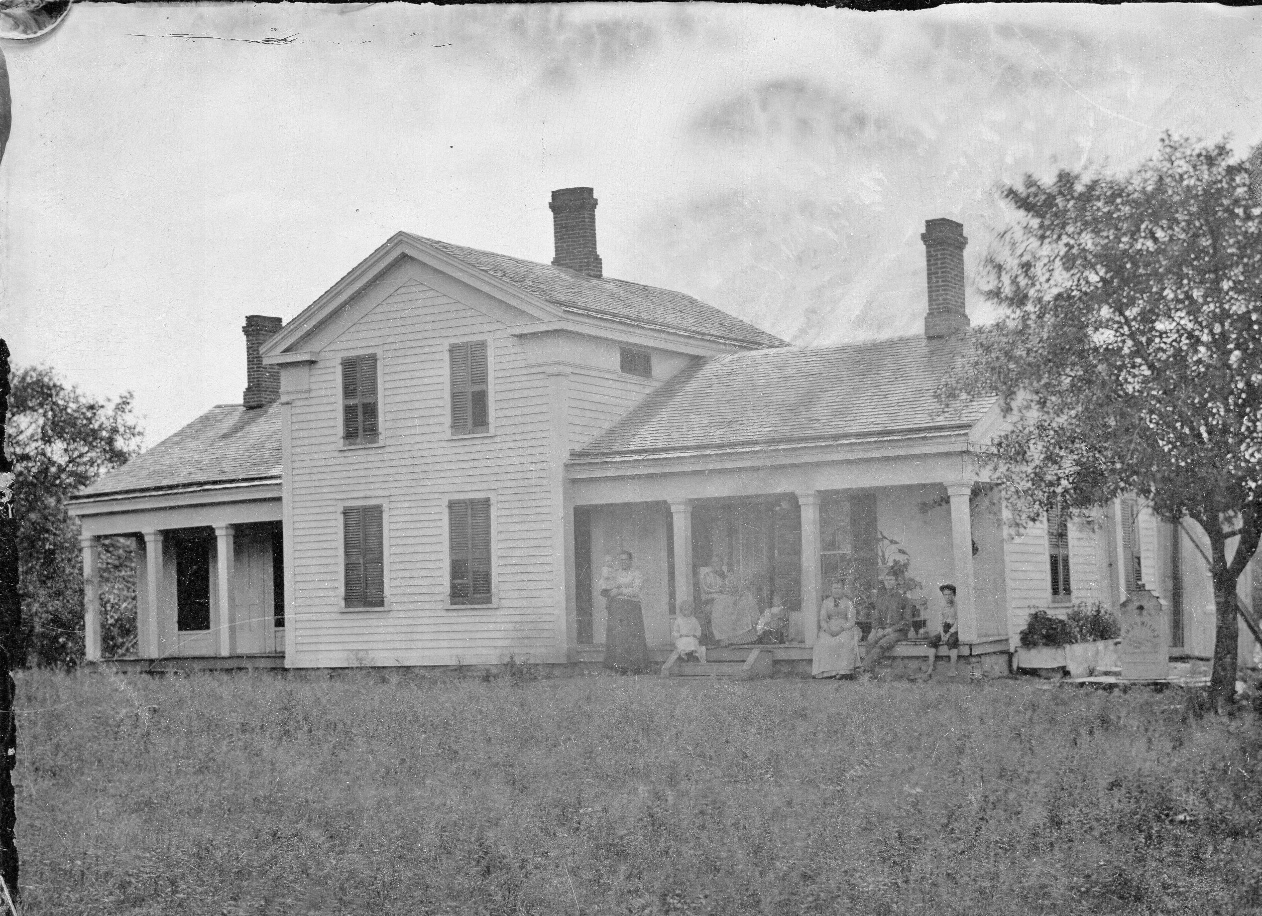Greek Revival Hen And Chicks House Ca 1840 Greek Revival Architecture Greek Revival Home Historical Architecture