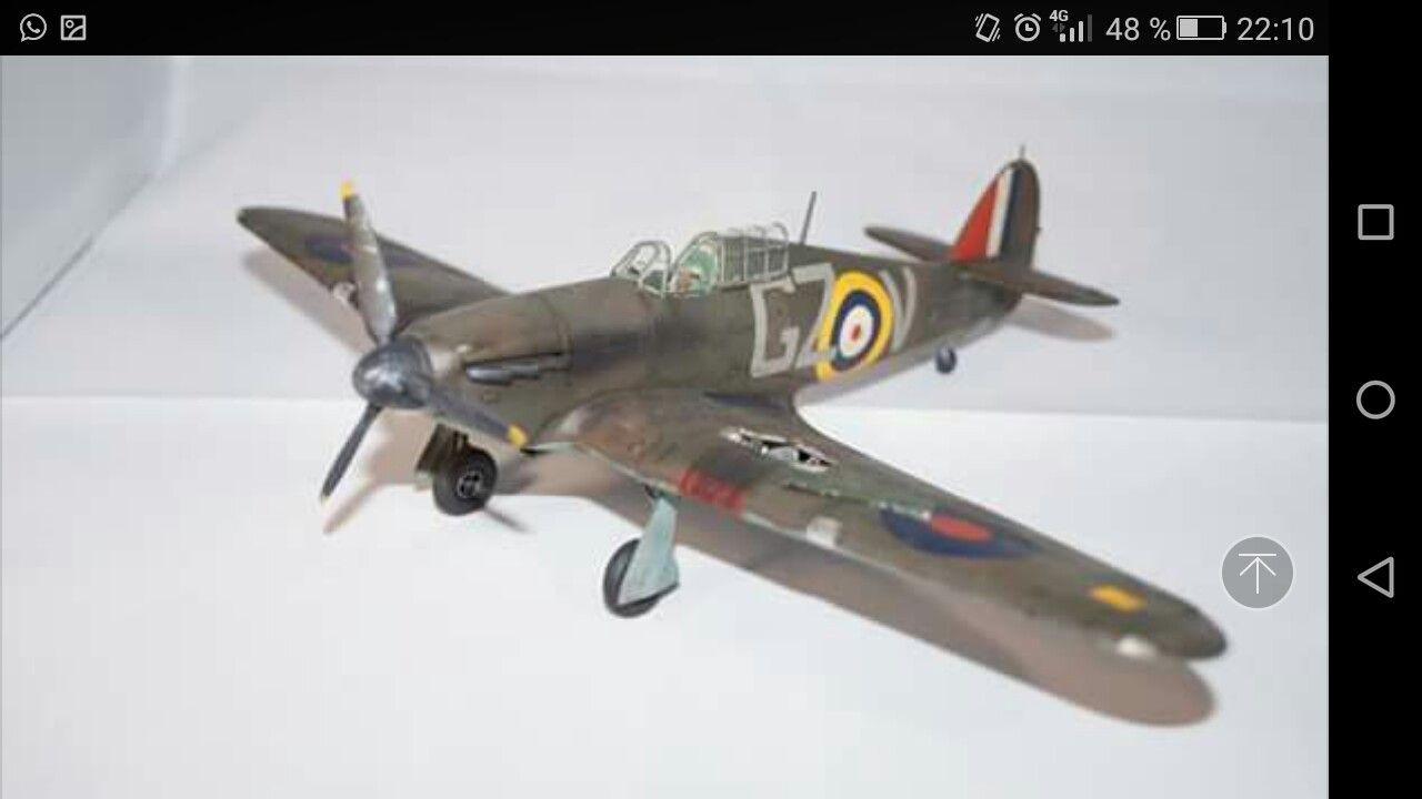 Ready for battle of Britain. Hawker Hurricane. Airfix 1/48